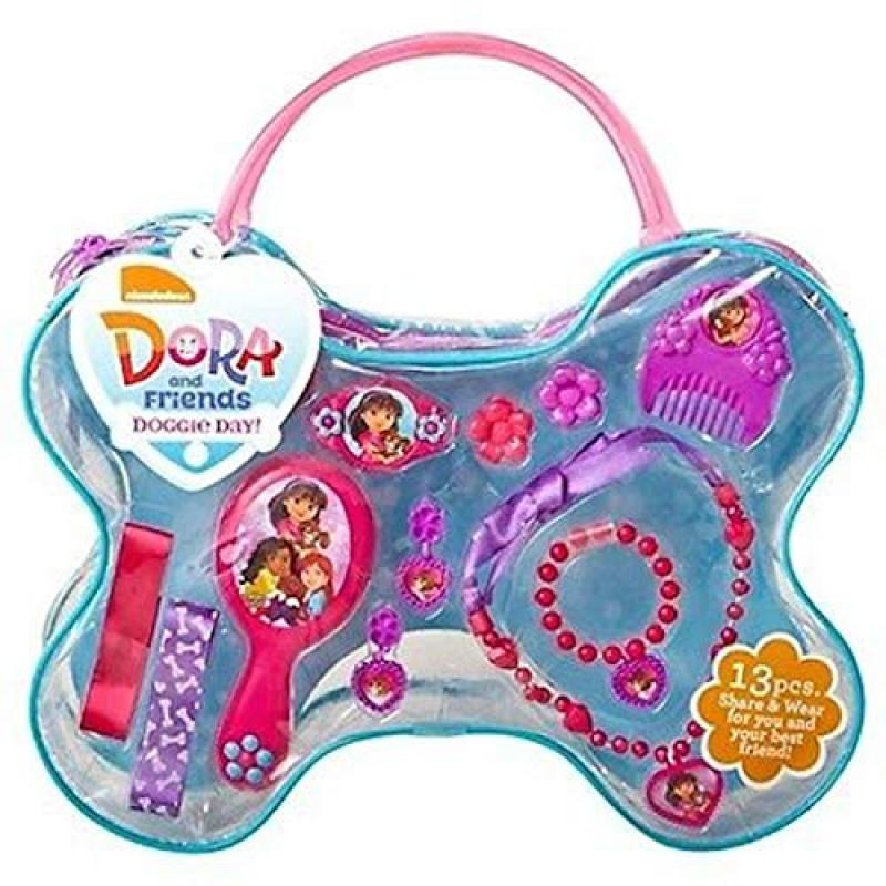 Dora and Friends Doggie Day! Accessory Set